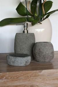 Seifenspender aus Naturstein