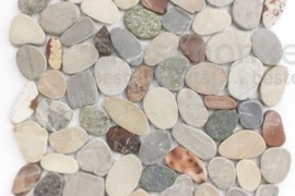 Flusskiesel Mosaik geschnitten