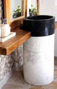 Freistehendes Waschbecken aus Marmor