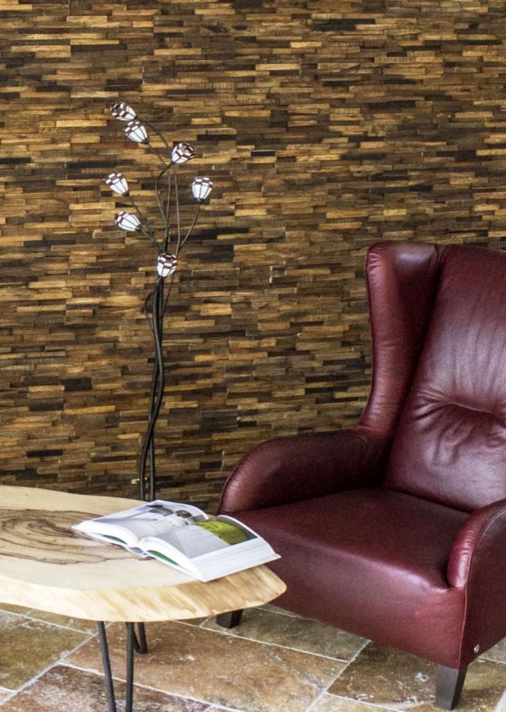 Wandverkleidung aus Holz